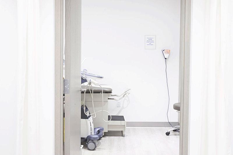 Hannam Fertility Centre exam room