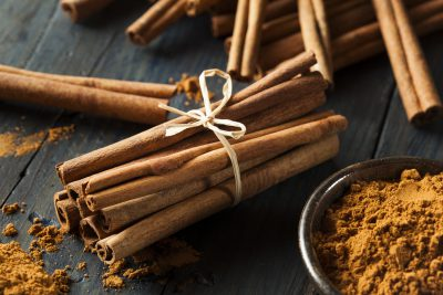 Can cinnamon induce labor?