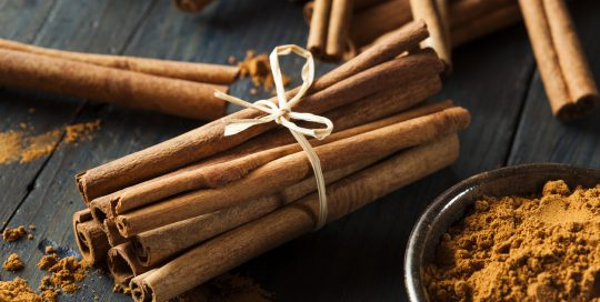 Can cinnamon induce labor?
