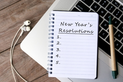 New Year's Resolutions on note pad