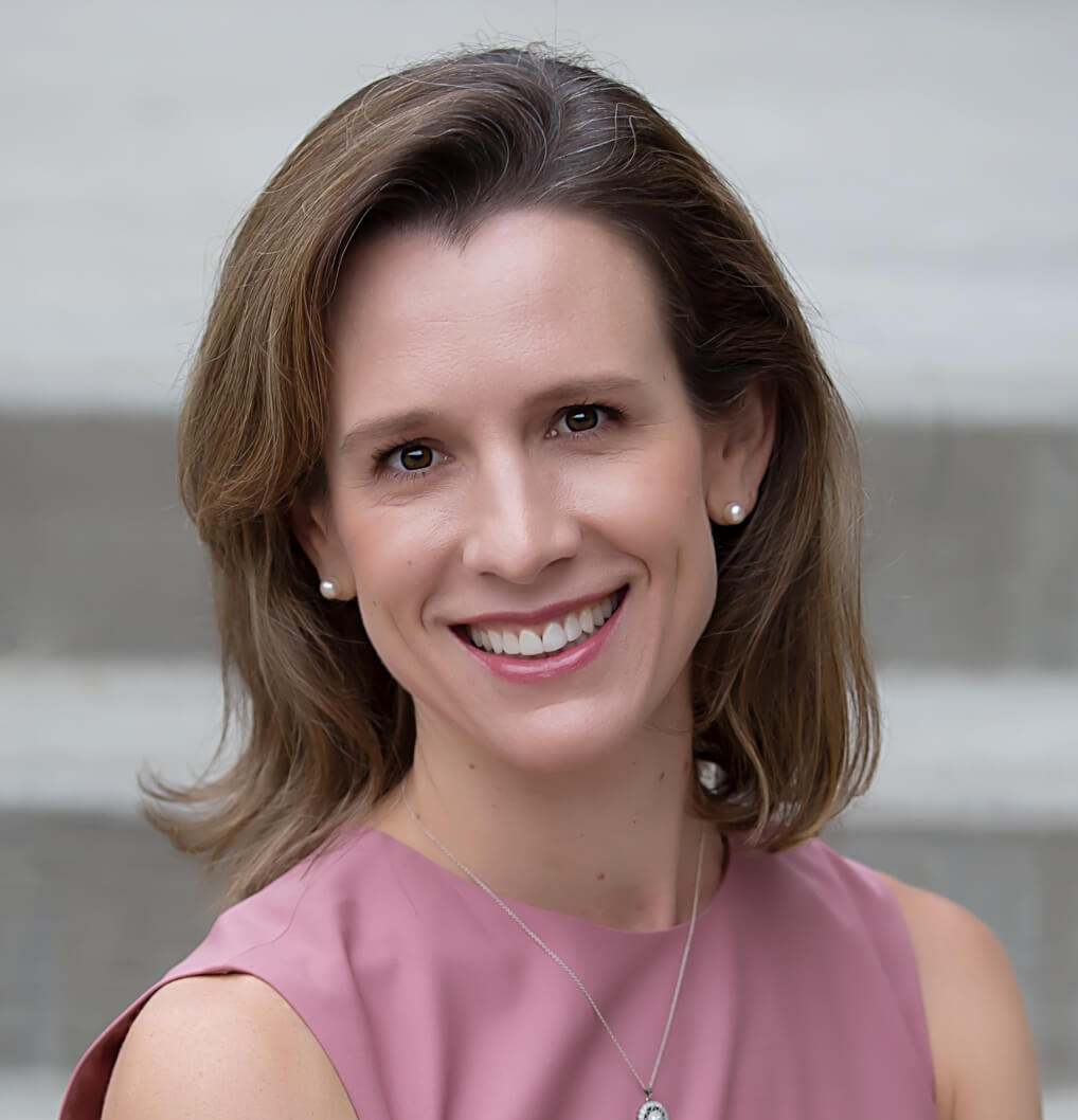 Dr. Sara Barton Headshot
